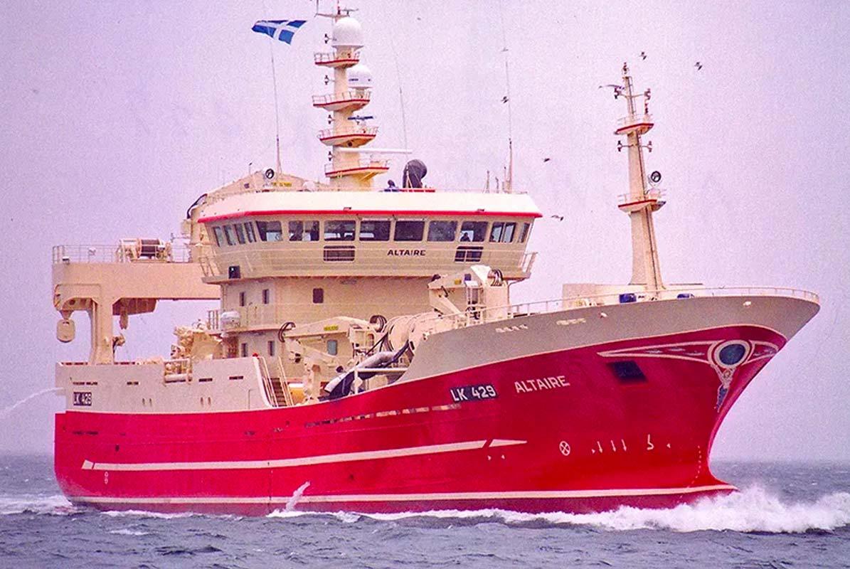 Scottish scientists sample mackerel eggs in Arctic Circle